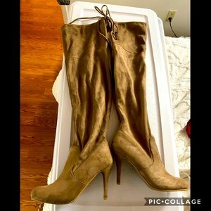 Over the knee to thigh suede camel fall boots sz 9